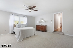 Large Bedroom with double walk-in closets, w/w carpeting
