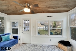 Perfect den or home office. Leads out to paver patio.