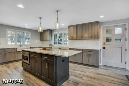 This kitchen has all high level appliances including a microwave draw and Bosch dishwasher.