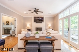 Entertain in style with Open Floor Plan!
