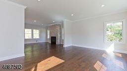 Hardwood Floors, Recessed Lights