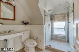 Over-size Shower & Pedestal Sink