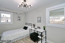 Ground floor bedroom/office