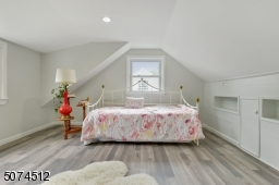 An Amazing large, Bright,  Bonus 4th Bedroom/office/resting room with brand new floors,