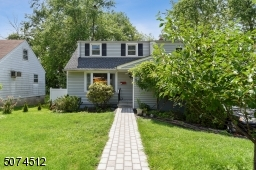 Located in a preferred New Providence heart. Close to top-rated schools & shopping. Access to NYC transportation & major highways. New Paved Driveway and  walkway