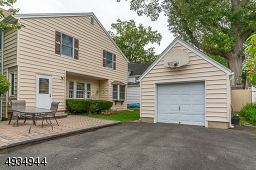 Detached garage and paver patio