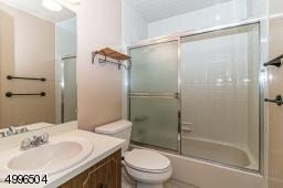 Second floor hall bath with tub/shower.
