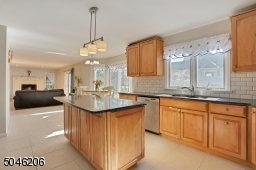 Beautiful granite and SS appliances.