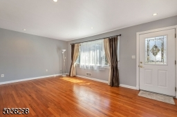 HW Floors, Recessed Lighting
