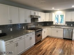 New Cabinets and Viking Stove