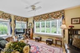 Great room/bonus room, possible home office or classroom, hardwood floor, nay window