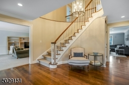 Beautiful 2 story staircase