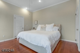 Spacious and sunny master bedroom with en-suite bath
