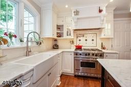 Shaw's Original Farmhouse Sink 6 Burner Dual Fuel Viking Range & of course, a Pot Filler Faucet for Pasta night!