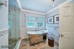 Soaking Tub, Double sinks, Separate Shower enclosure