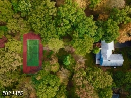 Tennis/all sports court Included!