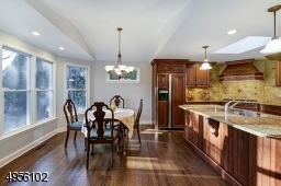 Large Breakfast room. Easy access to kitchen and Family room