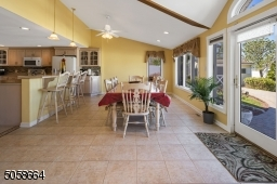 Eat In Kitchen Table Space