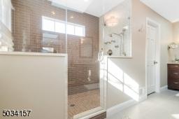 Spa-like shower