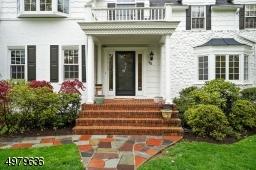slate walk way leading to the front door