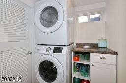 Stackable Samsung washer & dryer