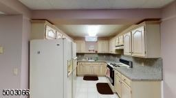 Granite Countertop full fledged Kitchen