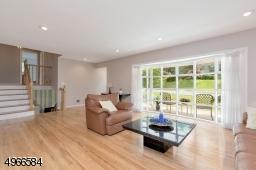 HW Floors, Picture Window